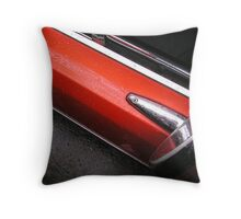 wet val Throw Pillow