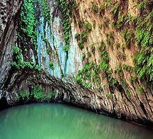 The Grotto, Hamersley Gorge, Karijini NP by Mark Boyle