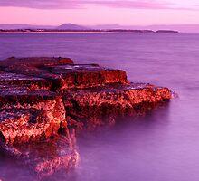 Culburra Beach #2 by Noel Elliot