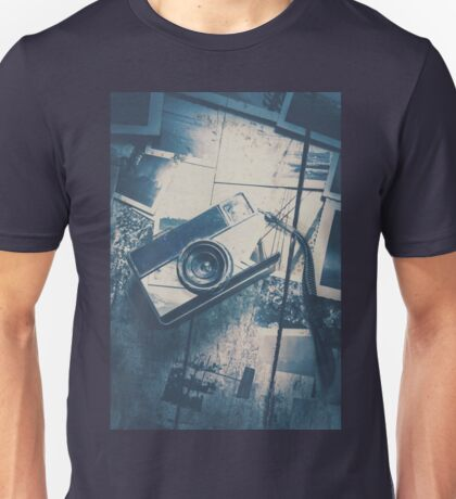 Retro camera and instant photos Unisex T-Shirt