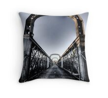 Como Bridge 2 Throw Pillow