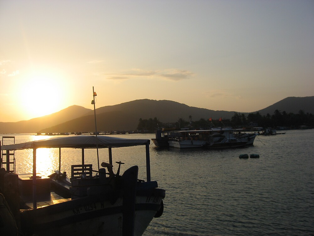 sun set on whale island by jcruiz124