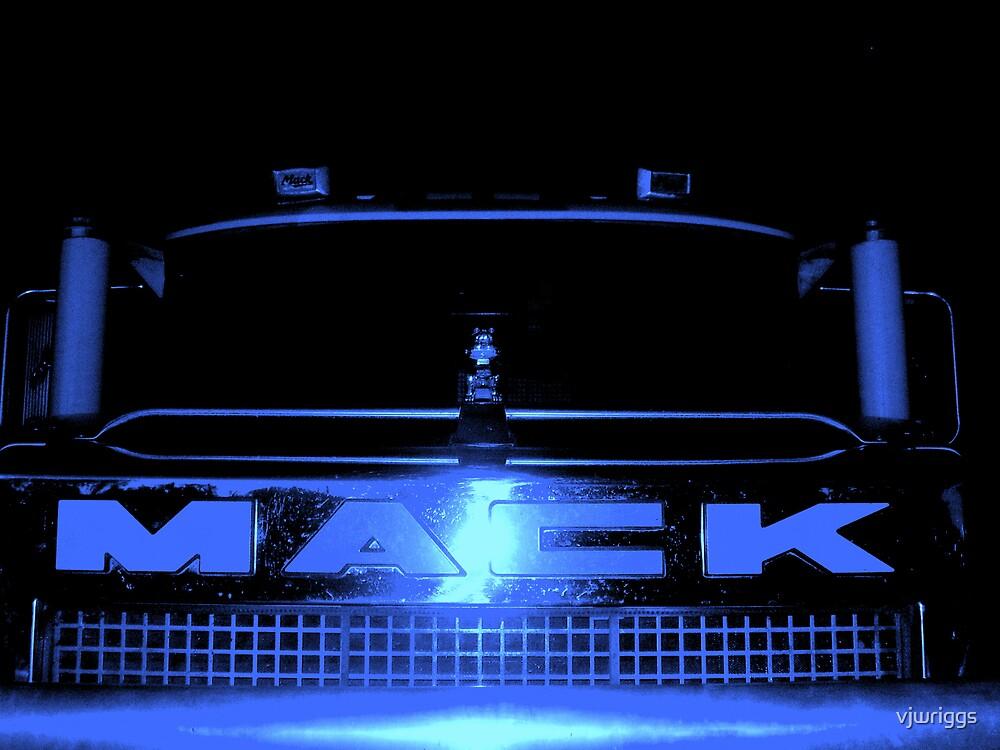 Mack Superliner by vjwriggs