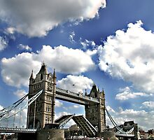 Tower Bridge - Open by Hudson Lofchie