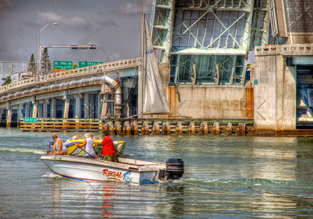 Boaters by photorolandi