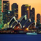 Opera House by Steven  Lippis