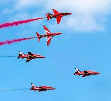 Red Arrows 14 by David Charlton