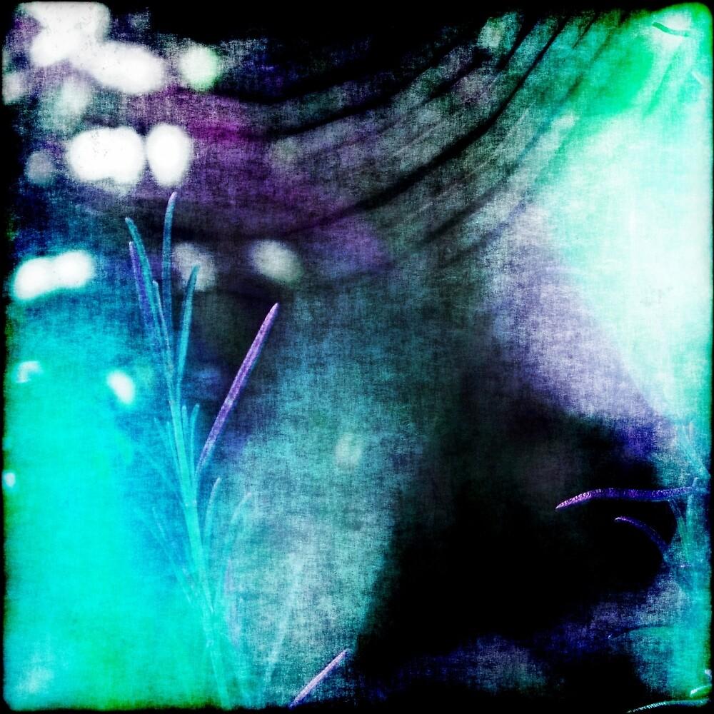 Beauty Fades // An Abstract Between Purple & Aqua by Benedikt Amrhein
