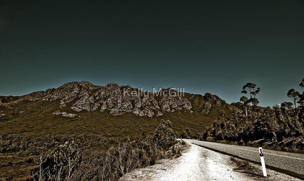 The Sentinel Range - South West National Park, Tasmania by Kelly McGill