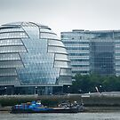 City Hall in London by Ian Middleton