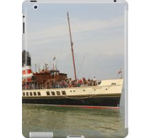 PS Waverley approaching Yarmouth Pier iPad Case/Skin
