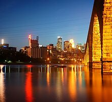 Minneapolis Stone Arch Bridge at Night by corydean