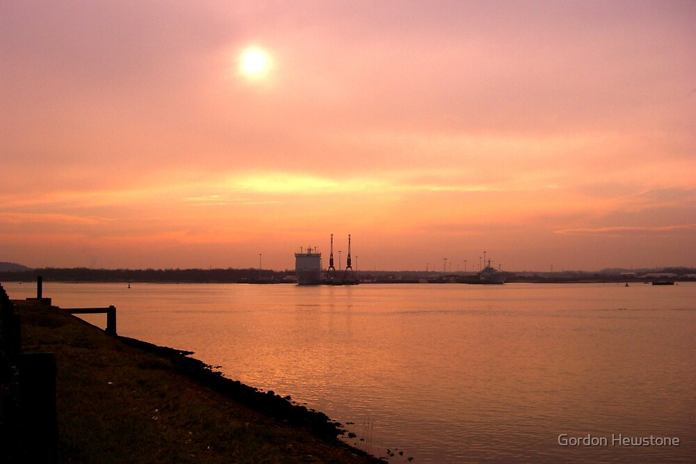 Mayflower Park Sunset (2) by Gordon Hewstone