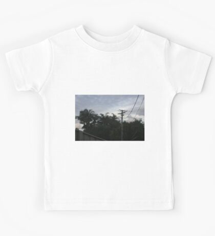 David Lynch has left the building by Axinite Kids Tee