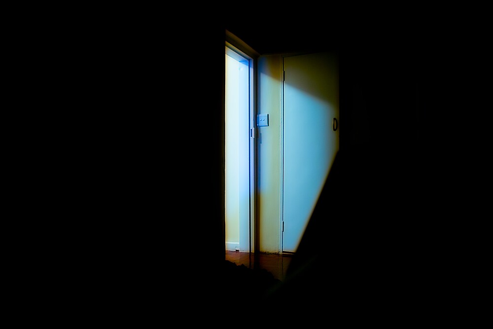 doorway by brokedownmelodies