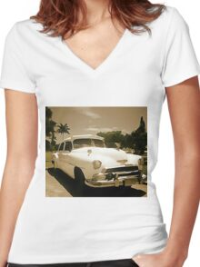 Classic Old Cadillac in Cuba Women's Fitted V-Neck T-Shirt