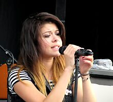Tay Jardine of We Are The In Crowd by heyrebekah