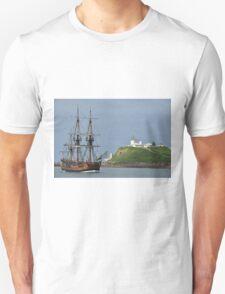 THE ENDEAVOUR REPLICA SAILING SHIP Unisex T-Shirt