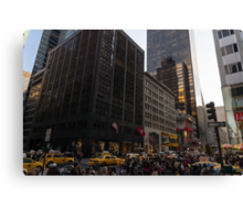 Christmas Shopping on Fifth Avenue, Manhattan, New York City Canvas Print