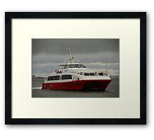 Red Jet 5 arriving at Cowes Framed Print