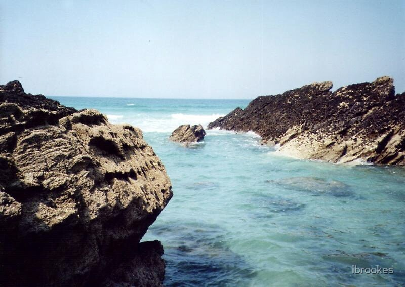 sea rocks by ibrookes