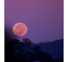 Dawn Moonset by Mark Greenmantle