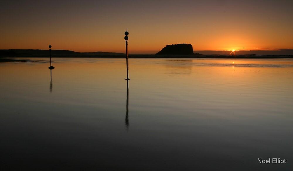 Minnamurra Sunrise by Noel Elliot