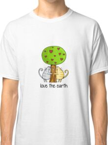 Love the earth Classic T-Shirt