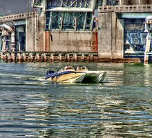 Speedboat  Approaches by Roland Pozo