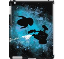 Floating in space - robots in love - Wall.e and Eve iPad Case/Skin