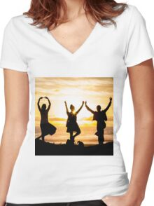 Sunset Yoga Women's Fitted V-Neck T-Shirt