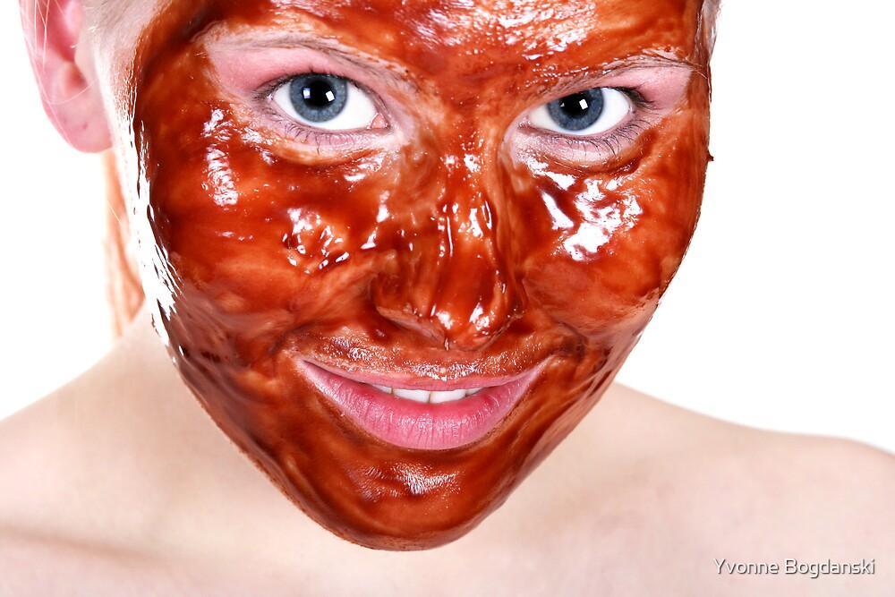 Facemask by Yvonne Bogdanski