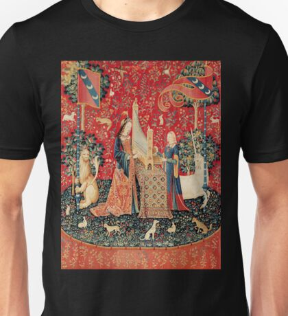 UNICORN AND LADY PLAYING ORGAN WITH ANIMALS Unisex T-Shirt