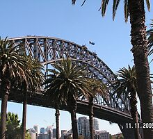 Sydney Harbor Bridge by Tamsyn Hearn