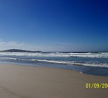 Beach in the Outer Hebrides by cheryl101