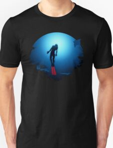 Freediver emerges from Darkness T-Shirt