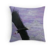 Loan eagle in flight Throw Pillow