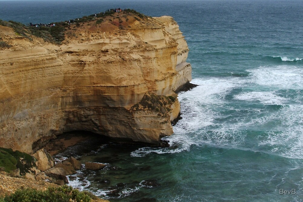 Port Campbell National Park - Cliff by BevB