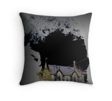 EAST MELBOURNE INVERSION Throw Pillow