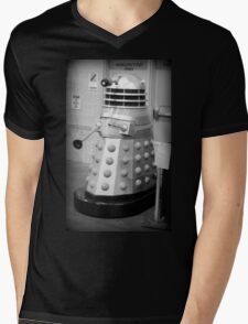 Old Fashioned Dalek Mens V-Neck T-Shirt