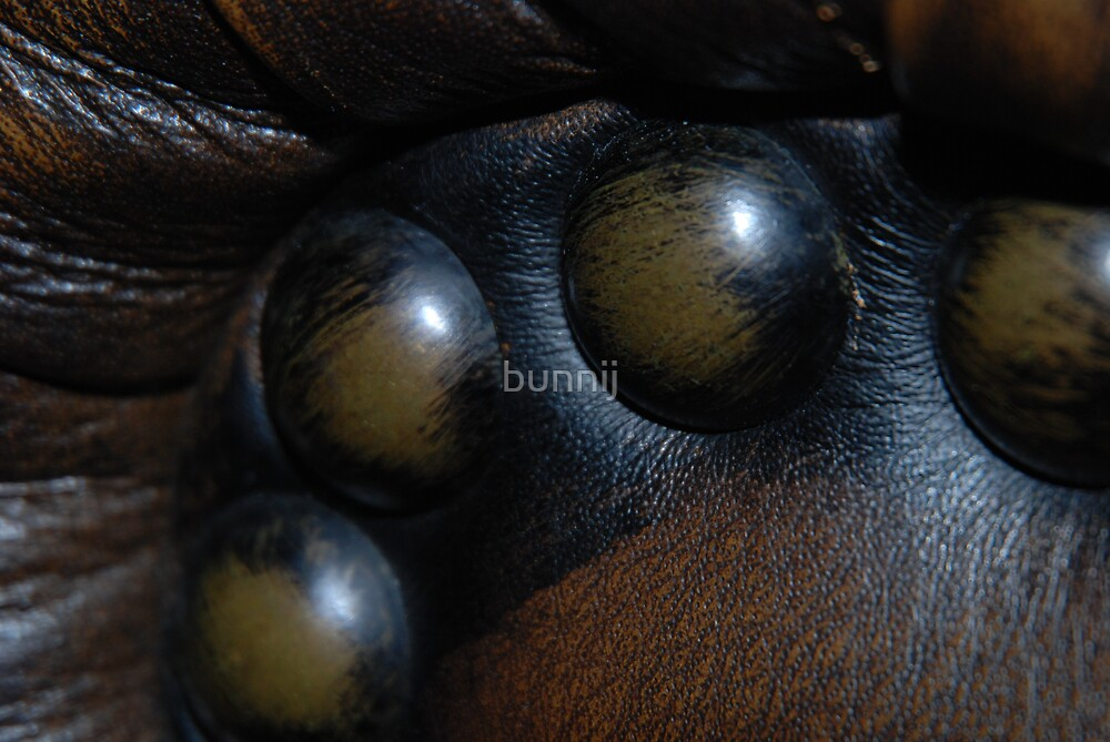 Leather & Nails by bunnij