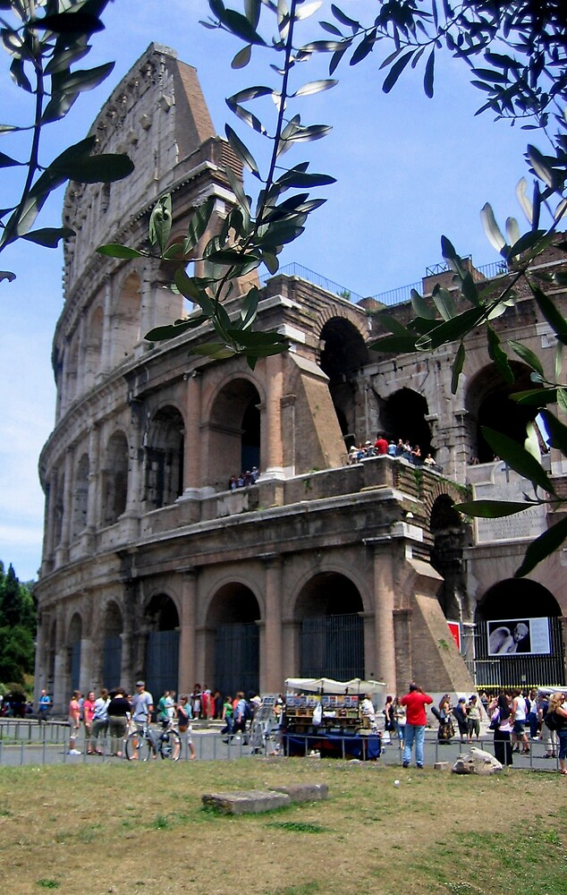 The Colosseum by chartling