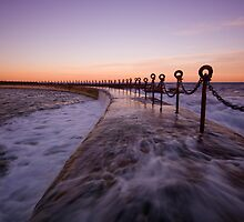 Newcastle Beach Childrens Pool 11 by Mark Snelson