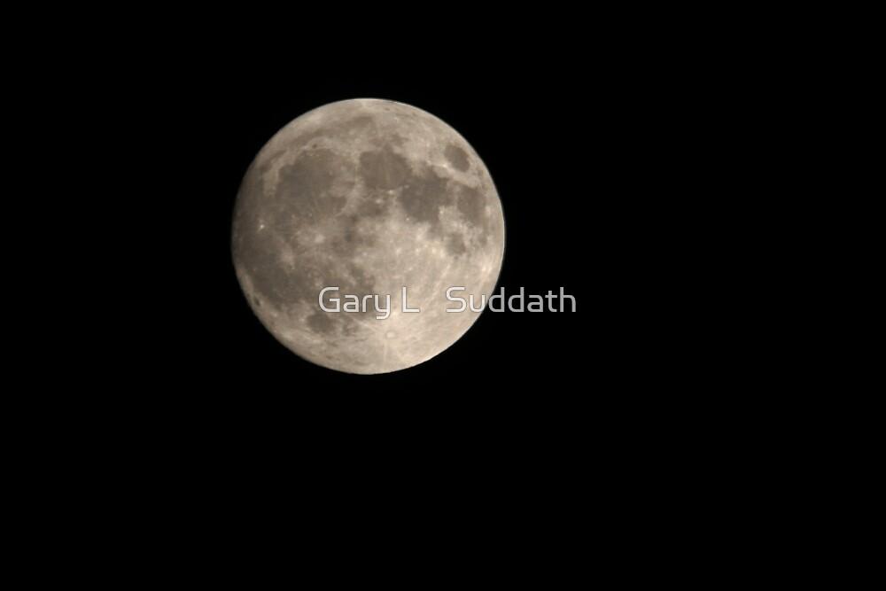 Full Moon by Gary L   Suddath