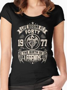 40th Birthday Gifts - 1977 The Birth Of Legends Women's Fitted Scoop T-Shirt