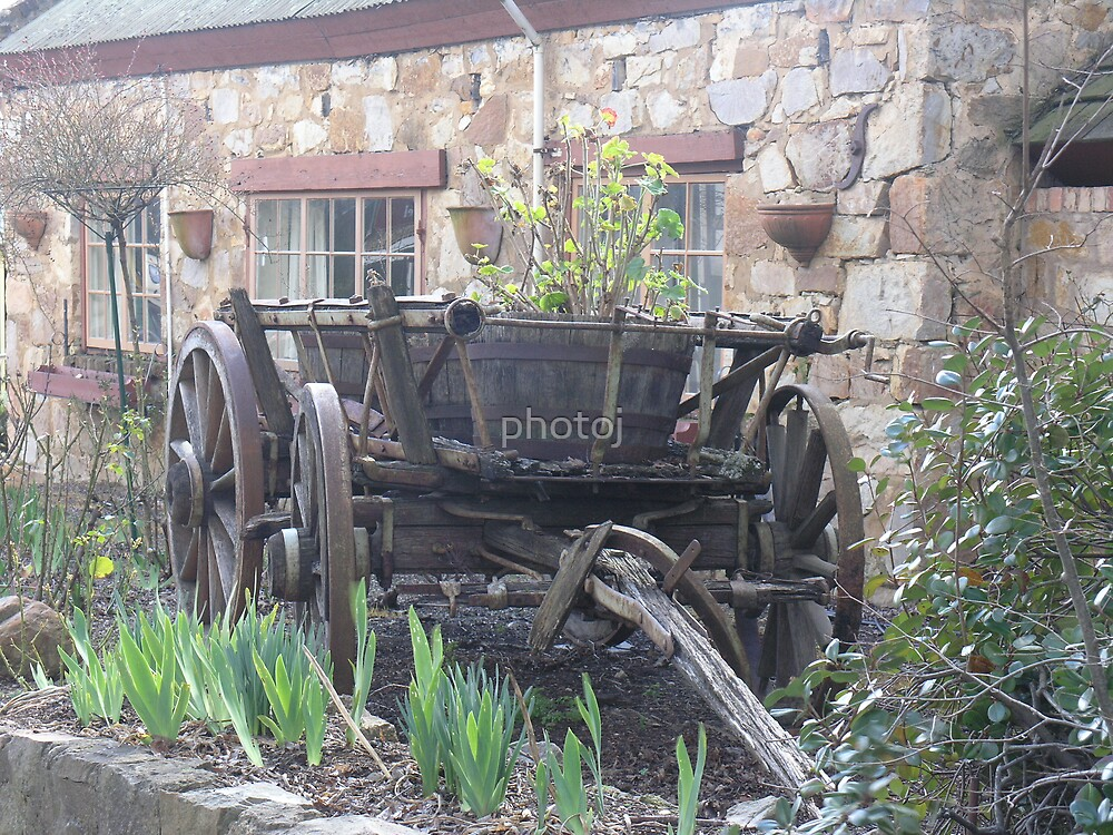 photoj S.A. Handoff wagon by photoj