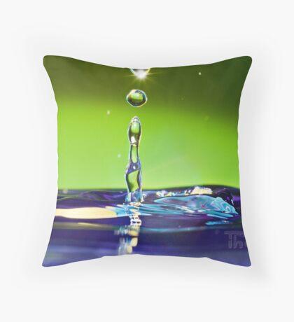 sparkle drop Throw Pillow