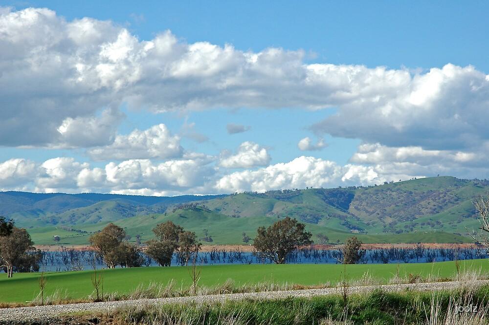 Lake Hume by joolz