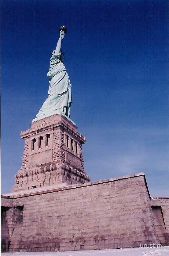 Lady Liberty by urustim