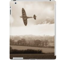 Eagle over England, sepia version iPad Case/Skin